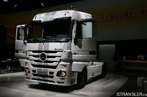 Actros 1846 LS White Liner